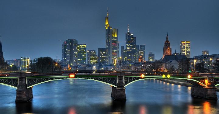 Blick auf Frankfurts Skyline