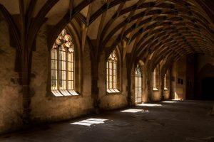 Kloster Kreuzgang - Ruhe & Besinnung in der Fastenzeit